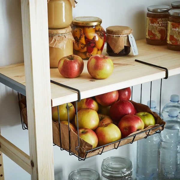 Amenagement Cellier Panier Accroche Sous Etagere