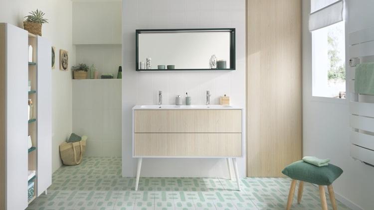 Salle De Bain Moderne Pastel