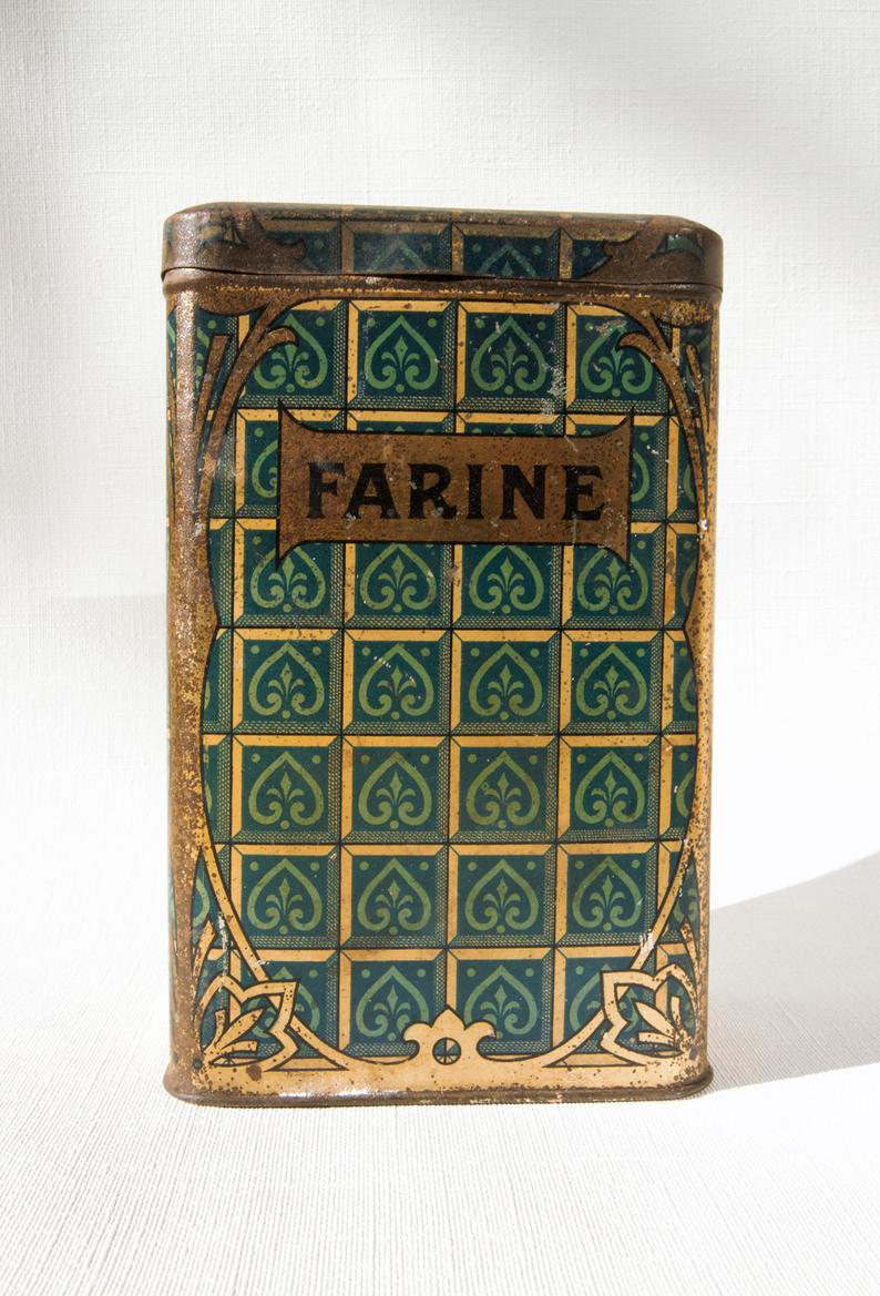 Boite Métallique De Farine