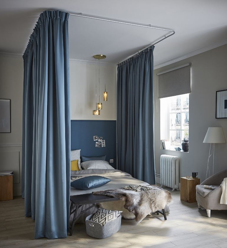 Chambre Bleu Avec Lit A Baldaquin Leroy Merlin
