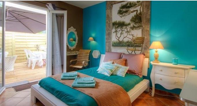 Chambre Bleu Turquoise Et Bois