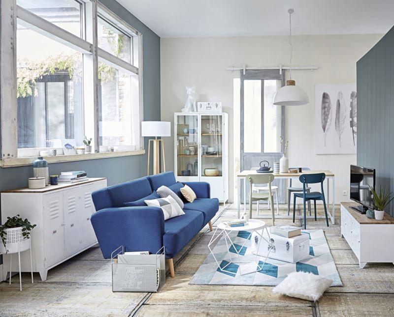 Salon Bleu Et Blanc Saupoudré De Tonalités Douces