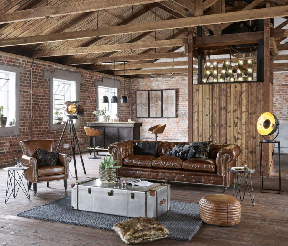 Salon Industriel Avec Canape Vintage Façon Chesterfield