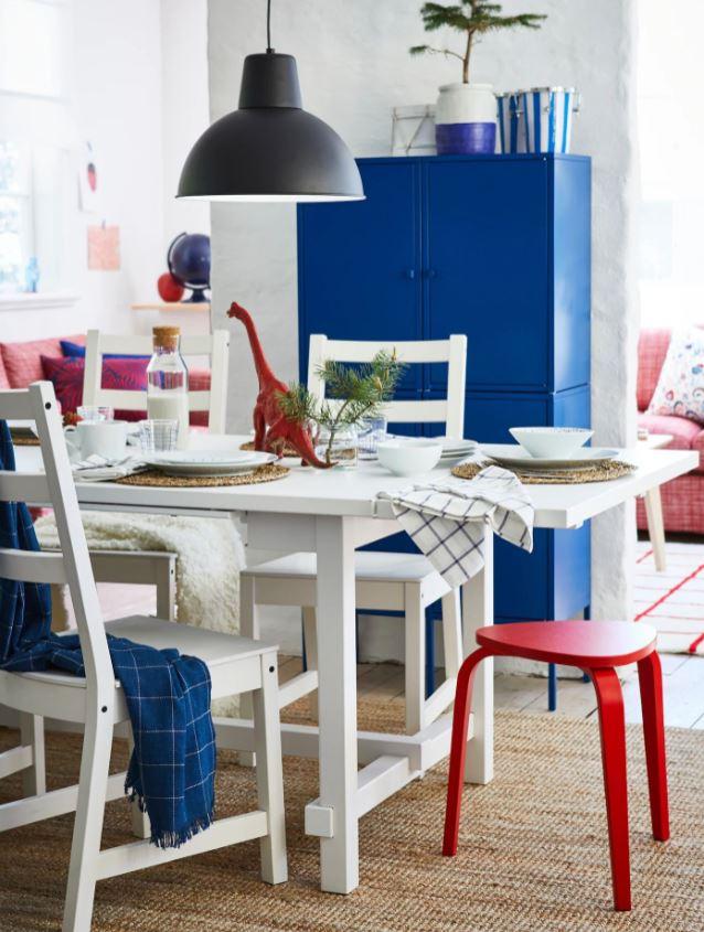 Salle A Manger Bleu Blanche Bleu Klein Et Rouge