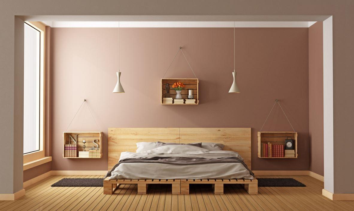 Chambre D'inspiration Scandinave Avec Lit En Bois Et Peinture Murale Taupe