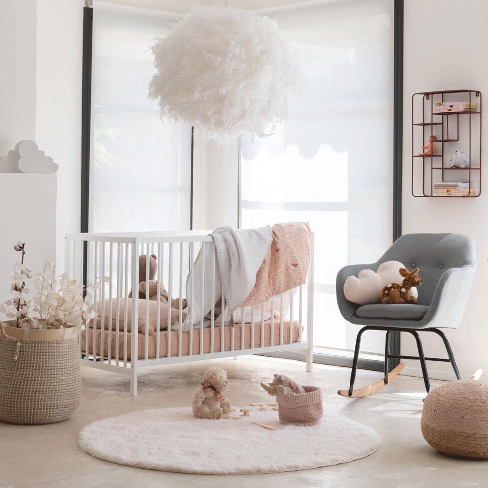 Chambre Pour Bébé En Rose Clair, Tapis Aurore Rond Uni