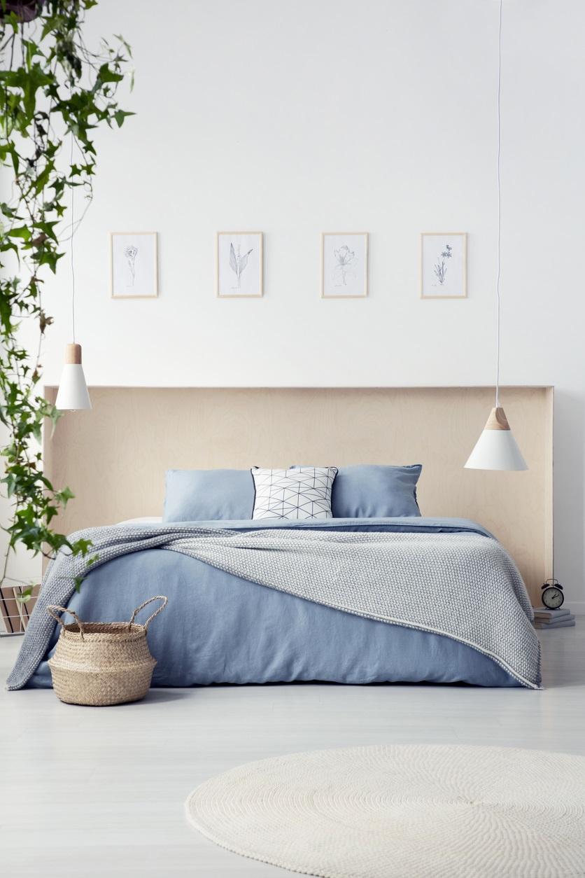 Linge De Lit Bleu Pastel Dans Une Chambre Rose