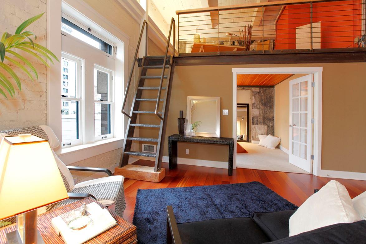 Mezzanine Accueillant Un Espace De Travail Au Coeur De La Maison