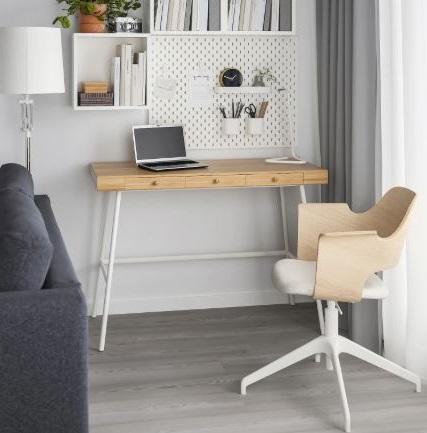 Bureau En Bois Simple Au Design épuré