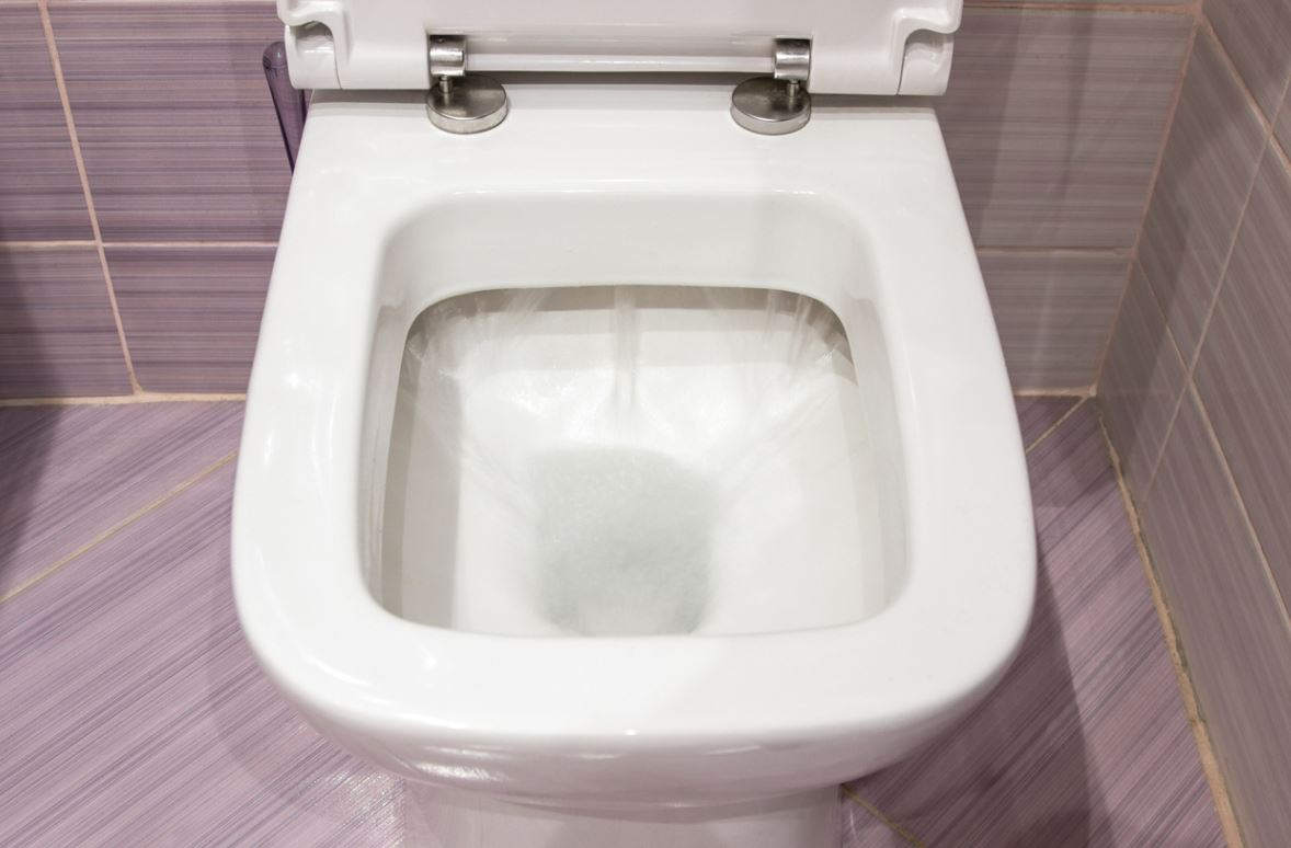 Déboucher ses toilettes avec du Destop : la marche à suivre
