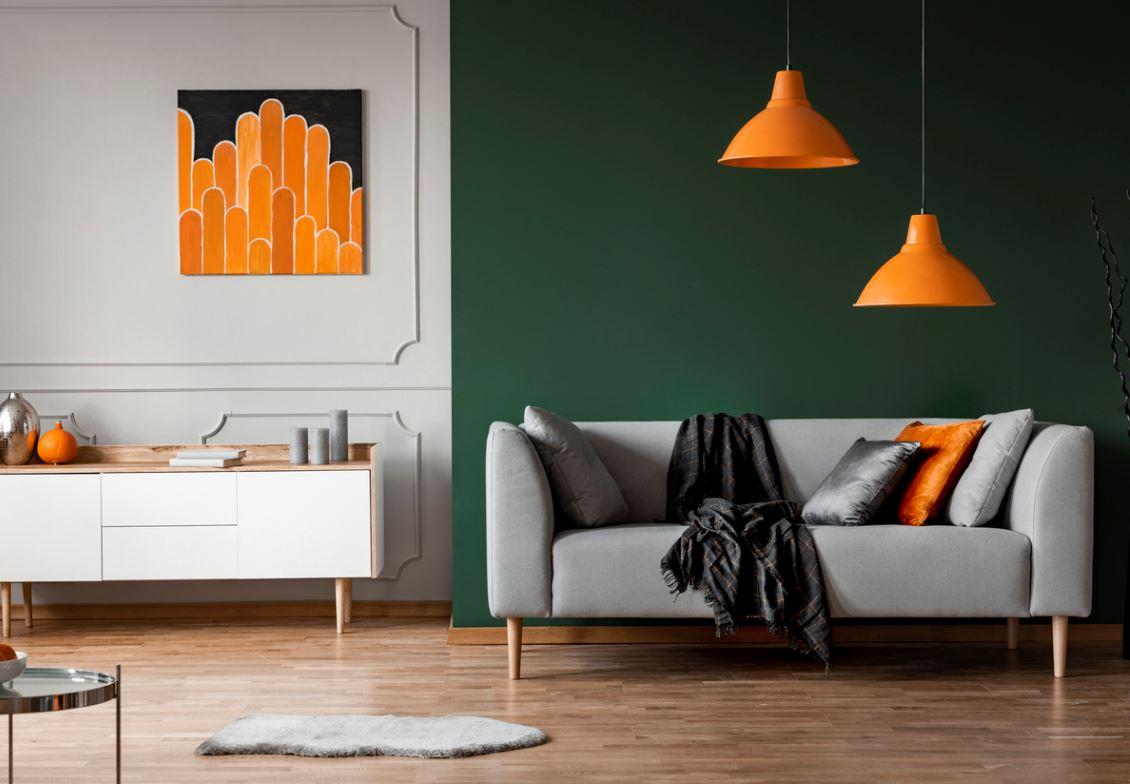 Délimitation Avec Un Mur Peint En Vert Dans Un Salon Ouvert