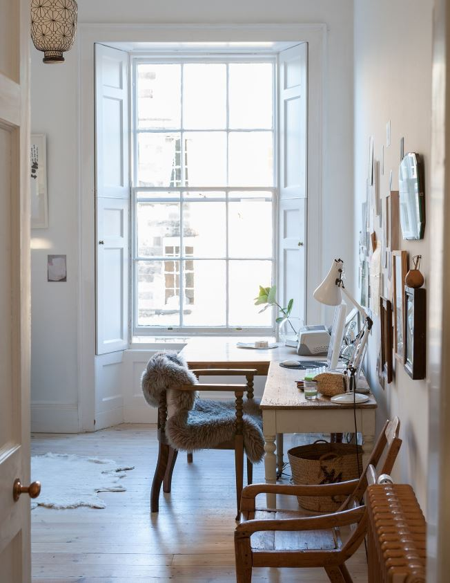 Peinture Murale Blanc Beige Dans Un Bureau