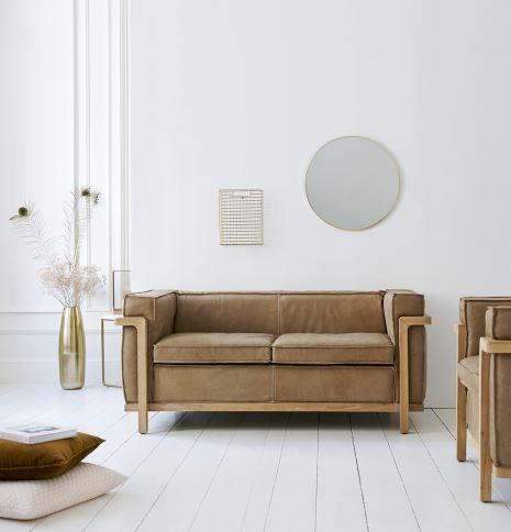 Canapé Design En Cuir Marron Avec Piétement En Bois Massif