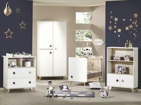 Chambre De Bébé Avec Une Décoration Inspirée D'une Nuit étoilée