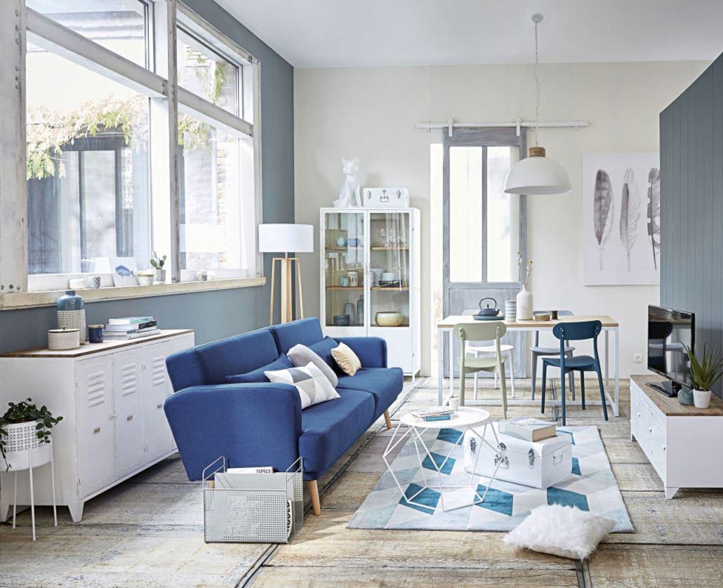 Salon Avec Canapé Bleu Roi