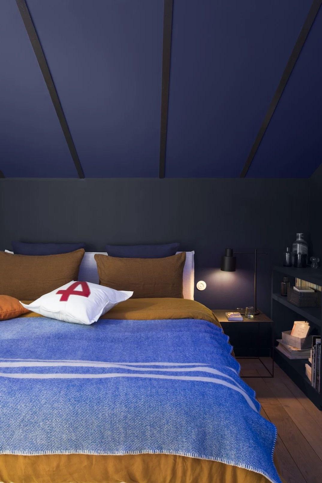 Chambre Bleu Profond