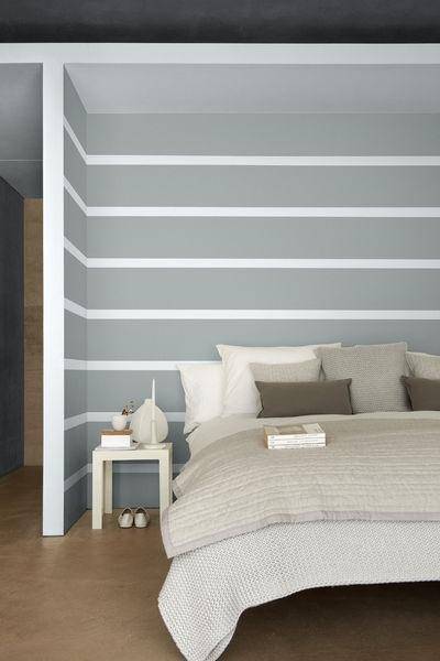 Chambre Avec Des Lignes De Peinture Horizontales