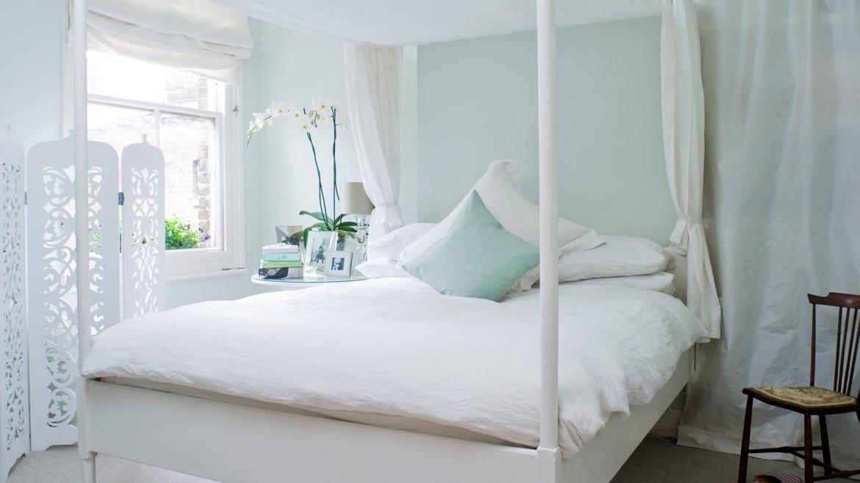 Chambre Décorée En Bleu Et En Blanc