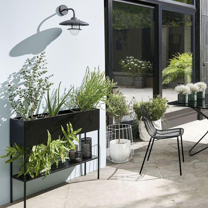 Total Look Design Sur Le Balcon