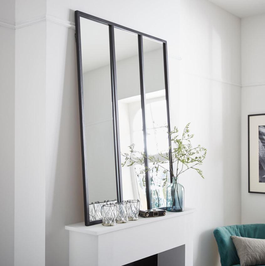 Miroir Verriere Sur La Cheminee