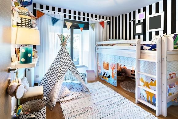 Lit Cabane En Mezzanine Pour Une Belle Chambre D'enfant