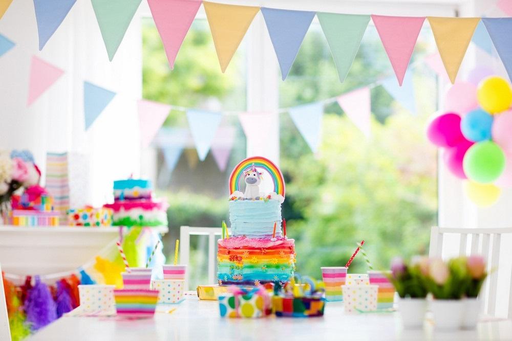 Bien Doser Le Theme De La Table D'anniversaire –