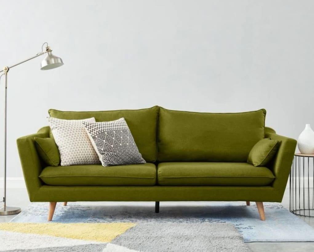 Du Mobilier Vert Olive Avec Ce Canapé