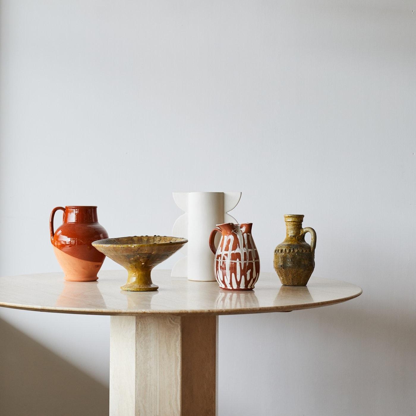 Ceramiques Artisanales Et Contemporaines
