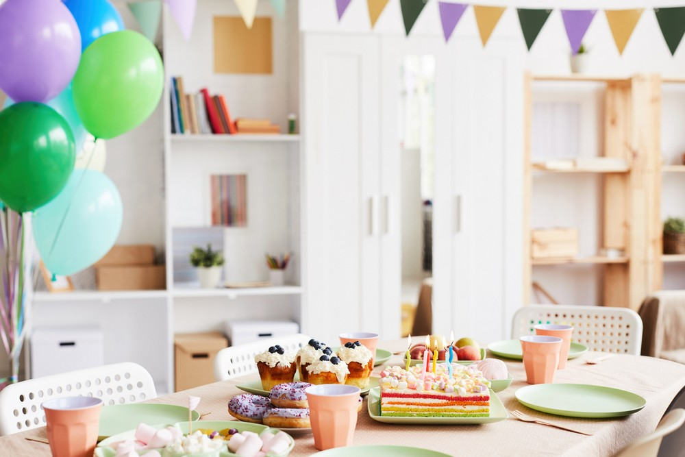 Table D'anniversaire Pastel –