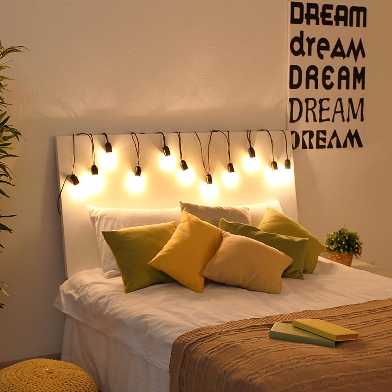 Une Guirlande Lumineuse Dans La Chambre