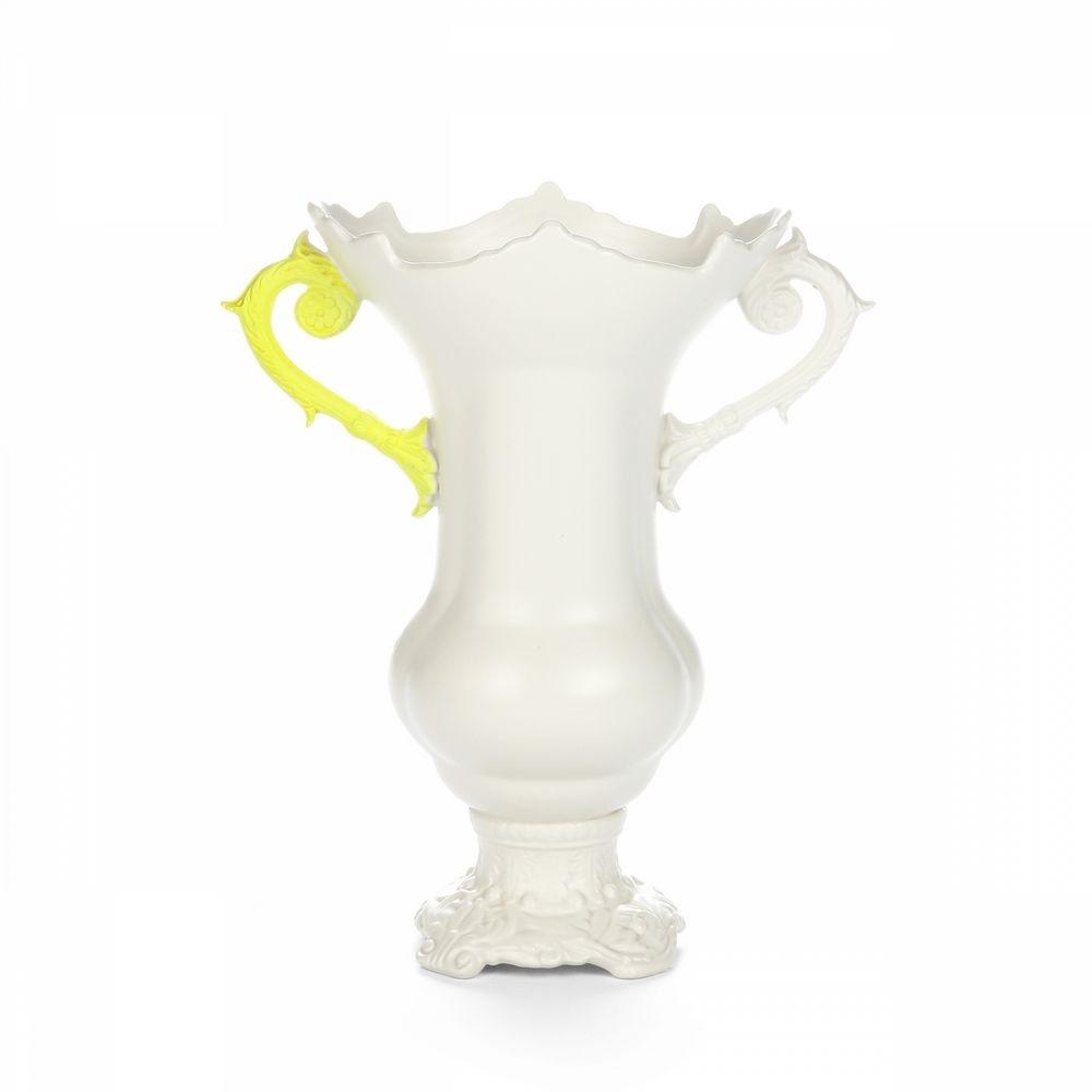 Une Touche Fluo Pour Twister Un Vase Baroque