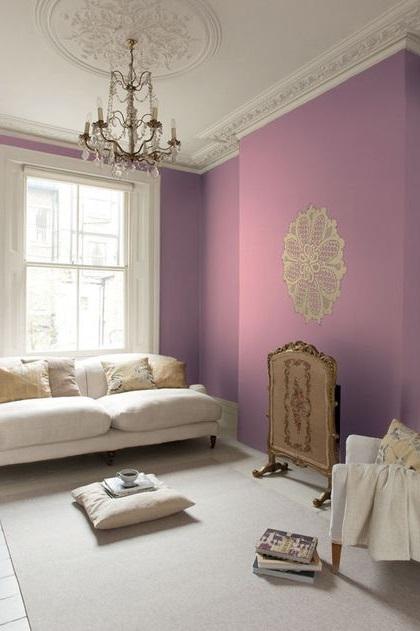 Violet Lilas, Blanc Et Creme