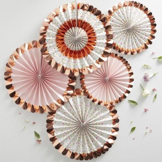 Rosace Pour Decoration De Fete