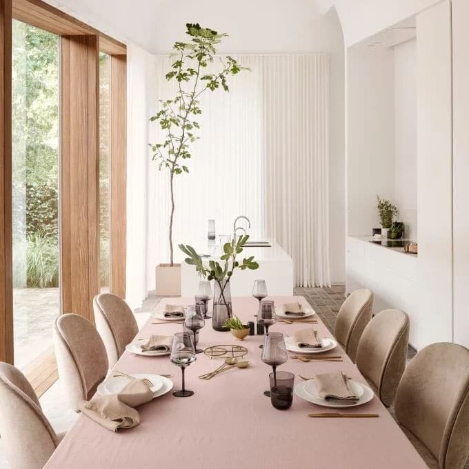 Table Rose Poudre Tres Chic