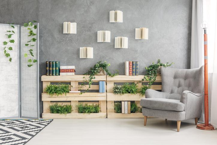 Jardiniere D'interieur Et Bibliotheque