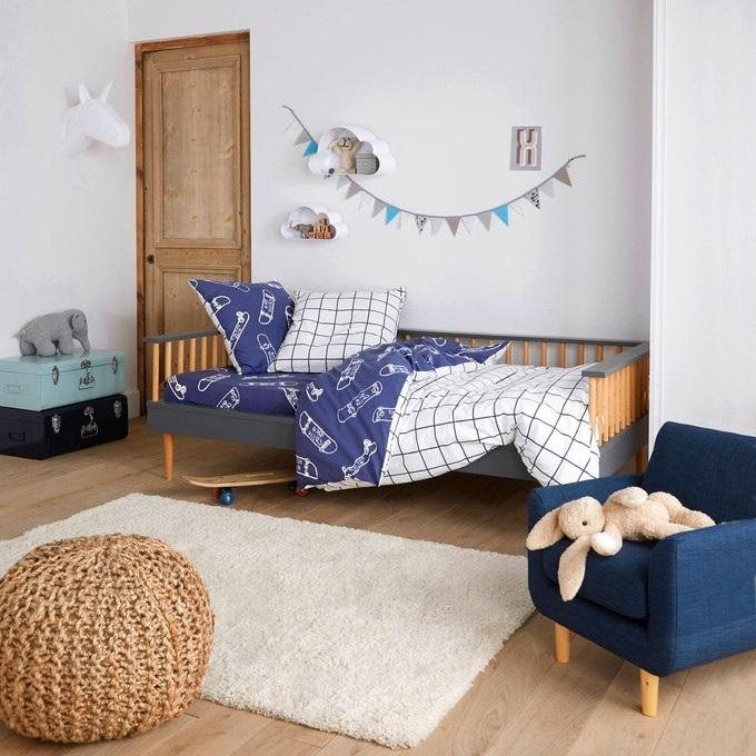 Chambre D'enfant Bleu Profond