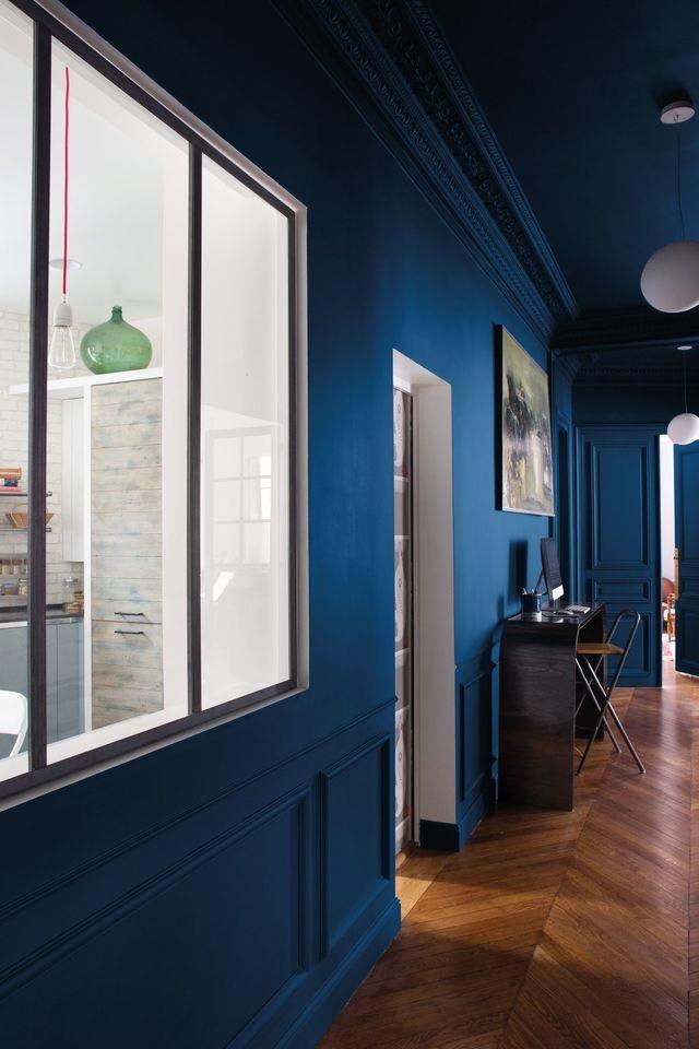 Un Bleu Profond Pour Twister Un Interieur Haussmannien