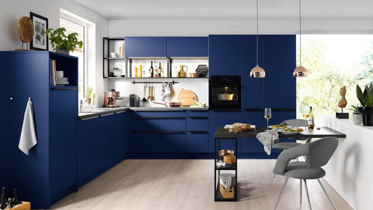 Cuisine Bleu Profond Et Noir –