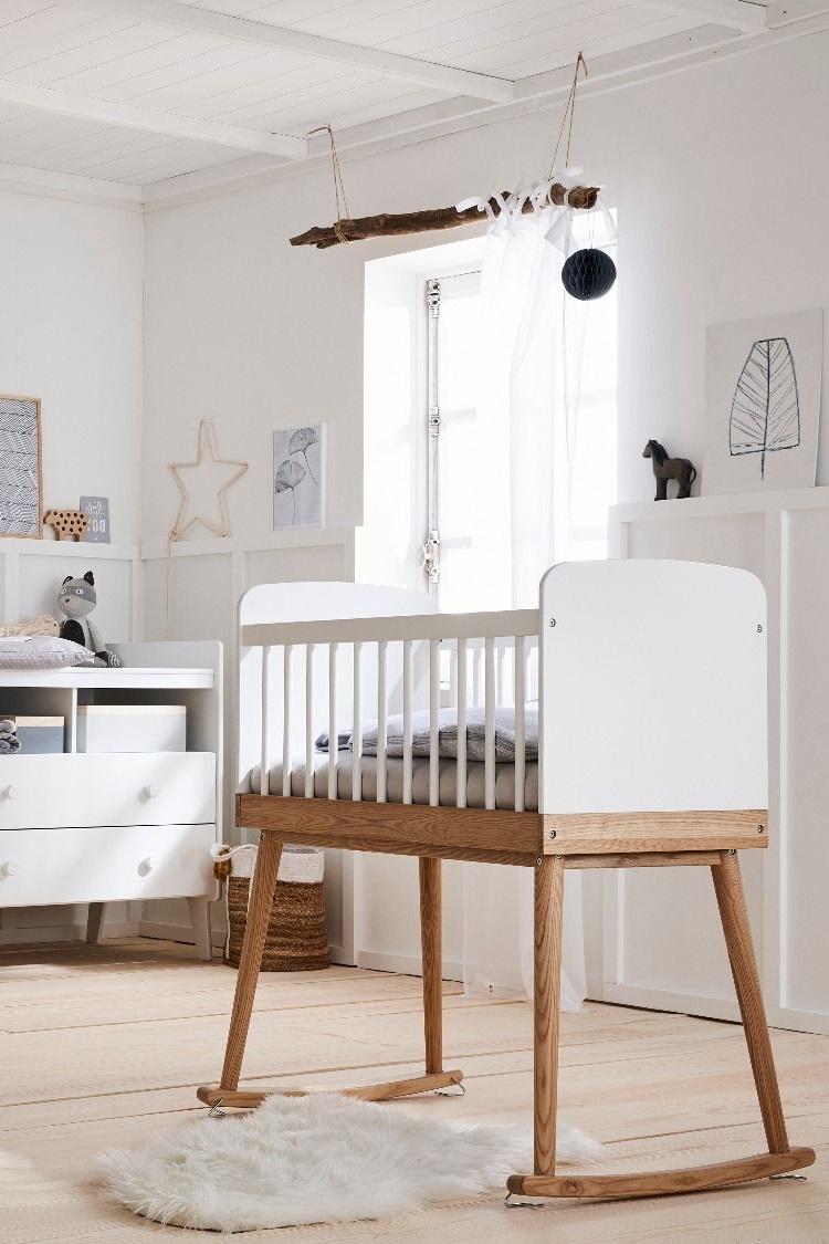Une Chambre Cocooning En Blanc Et Bois