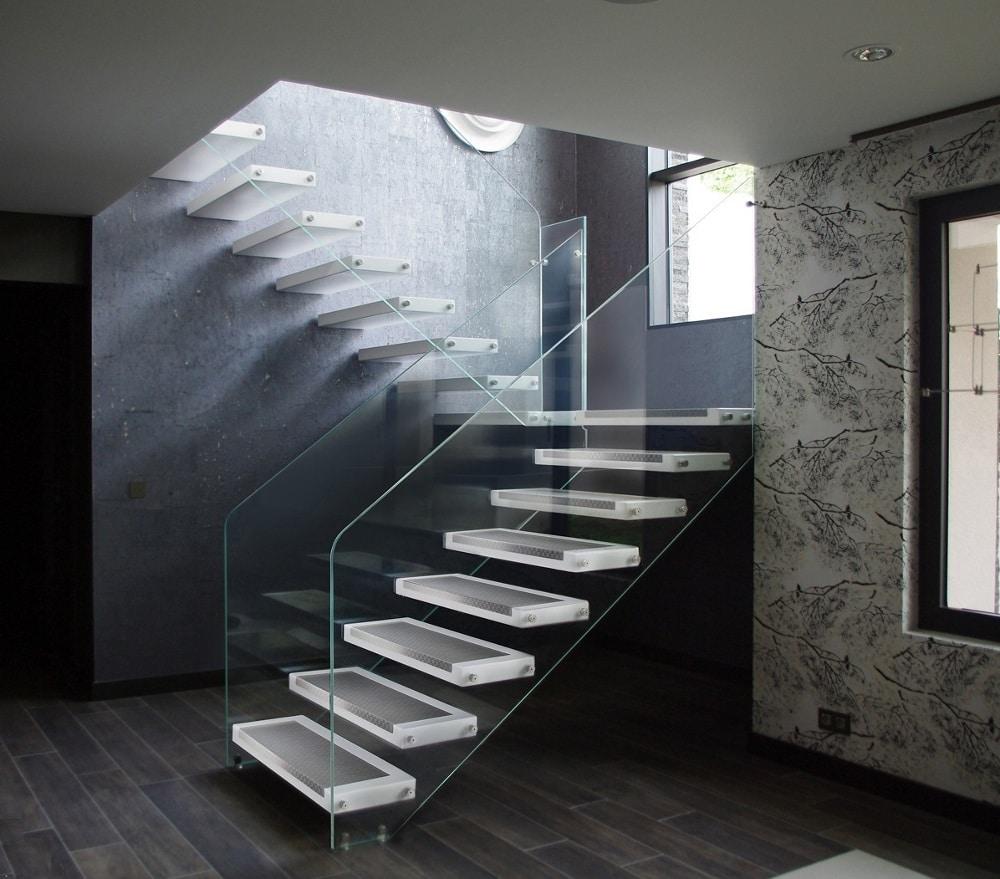 Escalier Sans Contremarche High Tech Et Parquet Noir