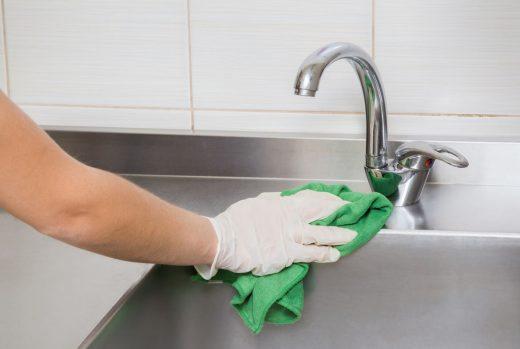 Nettoyer évier Inox
