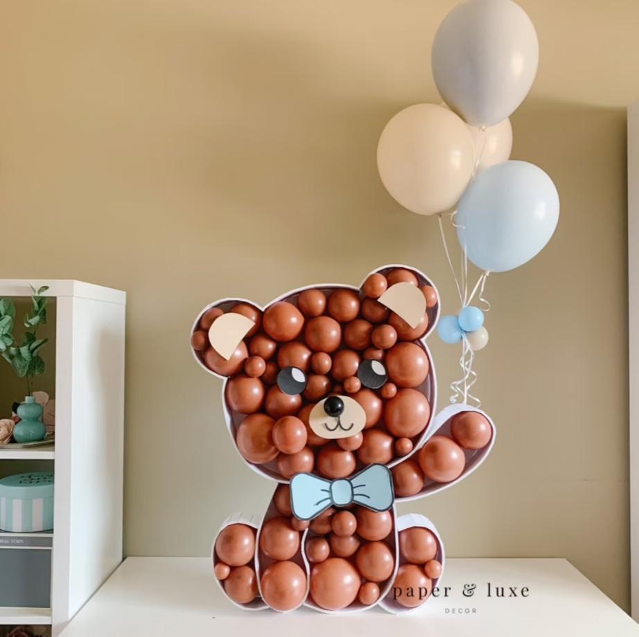 Structure Remplie De Ballons
